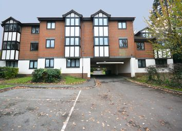 Thumbnail 1 bedroom flat to rent in Woodpeckers, Bracknell