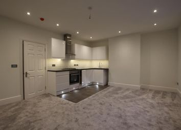 Thumbnail 2 bed flat to rent in Chertsey Road, Woking