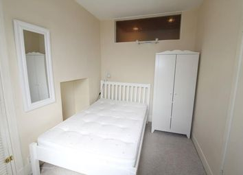 Thumbnail 1 bed flat to rent in Albert Street, Aberdeen