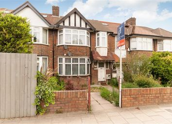 Thumbnail 4 bed flat to rent in Western Avenue, London