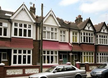 2 bed maisonette for sale in Crabtree Lane, Fulham, London SW6