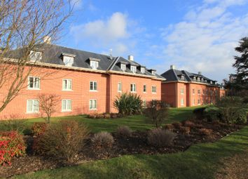 2 bed flat for sale in Henmarsh Court, Balls Park, Hertford SG13
