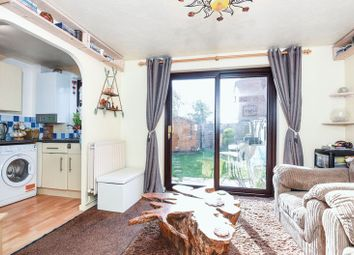 Thumbnail 1 bed flat for sale in Lapwing Close, Bicester