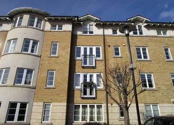 2 bed flat to rent in Pooles Wharf Court, Bristol BS8