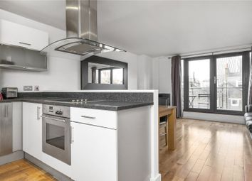 2 bed flat to rent in Acton Street, London WC1X