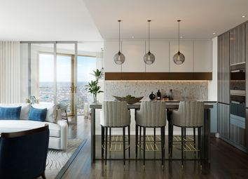 Thumbnail 3 bedroom flat for sale in Spire London Canary Wharf, London