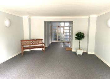 2 bed flat to rent in Kew Road, Kew, Richmond TW9