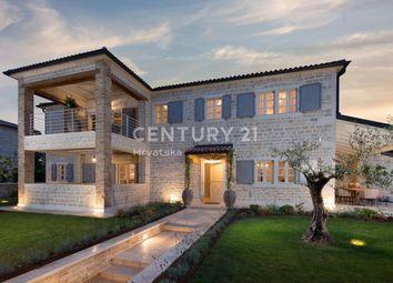 Thumbnail Villa for sale in Villa With Pool And Sea View, Istria, Villa With Pool And Sea View, Istria, Croatia