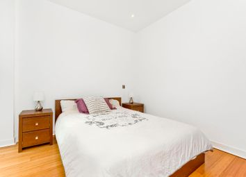 Thumbnail 2 bed flat to rent in Simpson Loan, Central, Edinburgh