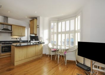 Thumbnail 2 bed property for sale in Warriner Gardens, Battersea