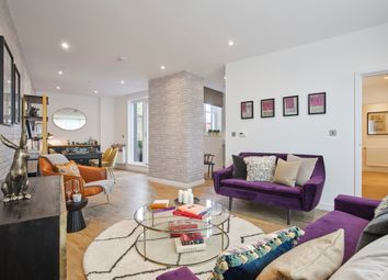 Thumbnail 3 bed flat for sale in Manor Place, Elephant And Castle, Southwark