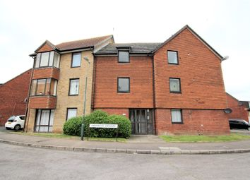 Thumbnail 1 bedroom flat for sale in Shearwood Crescent, Crayford, Kent