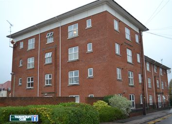 Thumbnail 2 bed flat to rent in Thornycroft Close, Newbury, Berkshire