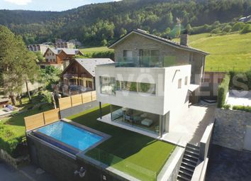 Thumbnail 4 bed chalet for sale in La Massana, Andorra