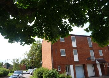 Thumbnail Town house to rent in Hopton Road, Stevenage