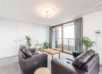 Thumbnail 4 bedroom flat to rent in Lauderdale Tower, Barbican