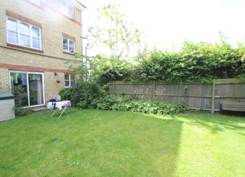 Thumbnail 2 bed flat to rent in 11, Heddington Grove, Holloway
