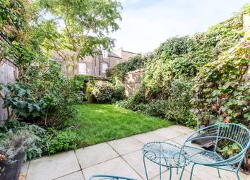 Thumbnail 3 bed flat for sale in Banbury Street, Battersea