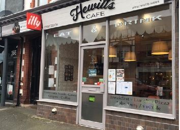 Thumbnail Restaurant/cafe for sale in Conwy Road, Colwyn Bay