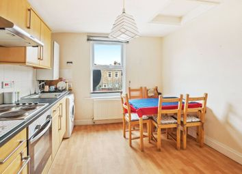 Thumbnail 2 bedroom flat to rent in Crescent Road, London