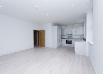 Thumbnail 1 bed flat to rent in Rivia House, High Road, Whetstone, London