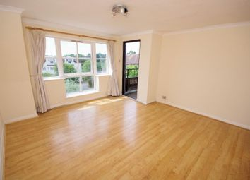 2 bed flat for sale in Etchingham Park Road, Finchley N3