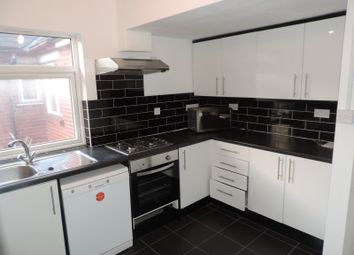 Thumbnail 6 bed shared accommodation to rent in Miskin Street, Cardiff, Caerdydd