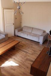 Thumbnail 3 bedroom maisonette to rent in Amersham Road, New Cross