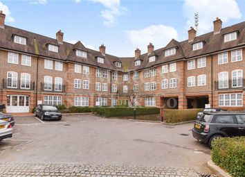 Thumbnail 2 bed flat for sale in Corringway, Golders Green, London