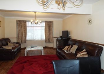 5 bed property to rent in Eastern Avenue, Newbury Park IG2