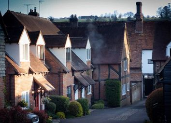 Thumbnail 2 bed mews house for sale in High Street, Amersham