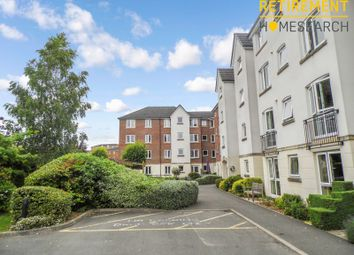 Thumbnail 2 bed flat for sale in Kingsley Court, Aldershot