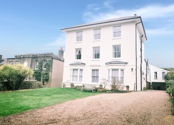 Hassocks Road, Hurstpierpoint, Hassocks BN6. 2 bed flat for sale