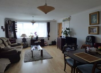 Thumbnail 2 bed property to rent in Deane Drive, Taunton