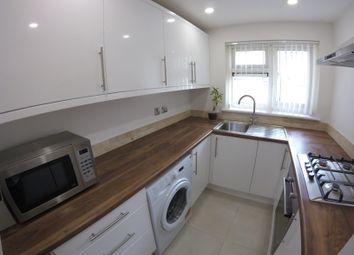 Thumbnail 1 bed flat to rent in Castle Avenue, Highams Park