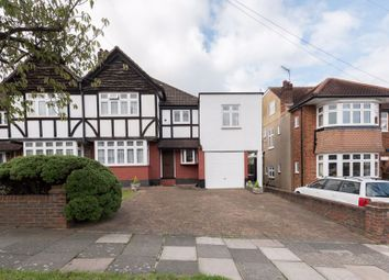 4 bed property for sale in Kenwood Avenue, London N14