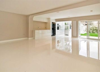 Thumbnail 5 bed property to rent in Court Close, St John's Wood Park, London