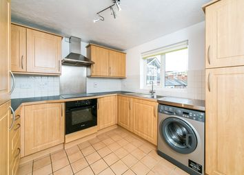 Thumbnail 2 bedroom flat to rent in Queens Road, Reading