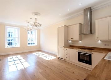 St George's Court, 106C High Street, Winchester, Hampshire SO23. 2 bed property for sale