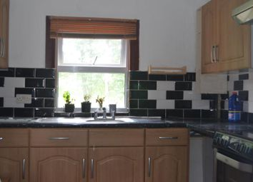 3 bed flat to rent in Barrowell Green, London N21