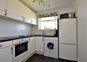 Thumbnail 1 bed flat for sale in Manse View, Motherwell