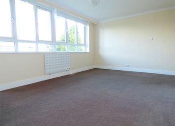 Thumbnail 3 bed flat to rent in Wellesley Avenue, Iver, Buckinghamshire