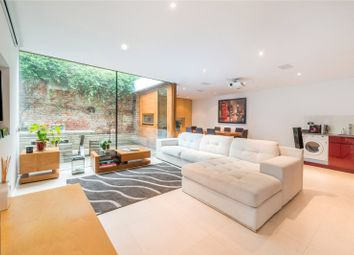 Thumbnail 2 bed property for sale in Chapel Market, Angel, London