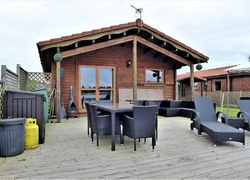 Thumbnail 3 bed mobile/park home for sale in The Ramparts, Tattershall Lakes, Tattershall