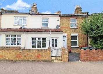 2 bed property for sale in Blenheim Road, Dartford DA1