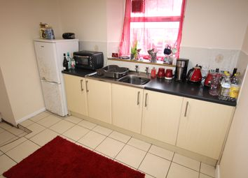 Thumbnail 1 bed flat to rent in The Square, Chacewater
