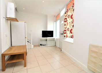 Thumbnail Studio to rent in Raleigh Road, Penge