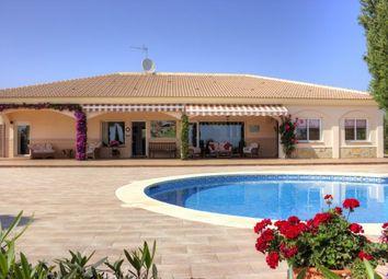 Thumbnail 4 bed villa for sale in Spain, Málaga, Vélez-Málaga, Almayate