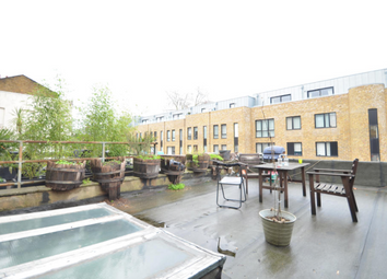 Thumbnail 4 bed maisonette to rent in Liverpool Road, London