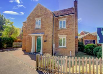 Thumbnail 4 bed detached house for sale in Ashcraft Close, Marston Moretaine, Bedford